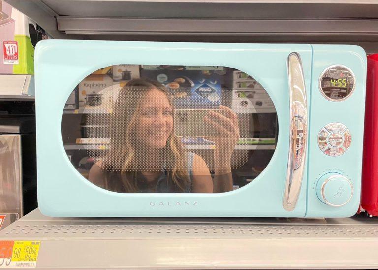 Galanz Retro Countertop Microwave